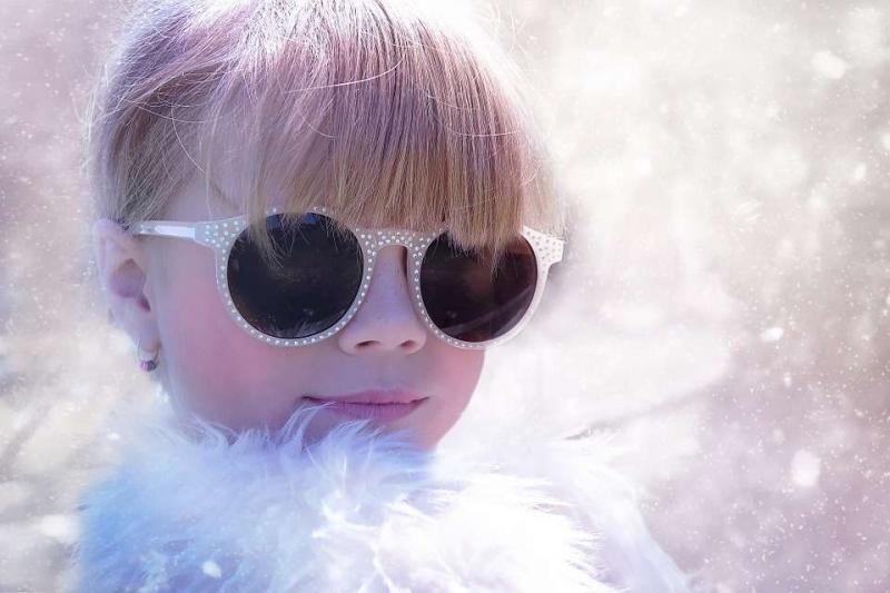 儿童手脚冰凉发烧是怎么回事给宝宝退烧的方法有哪些