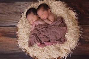 新生儿吃母乳拉肚子怎么办引起新生儿吃母乳拉肚子有哪些原因