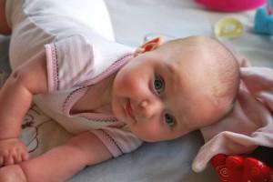 宝宝满月黄疸还没退怎么办新生儿黄疸的护理